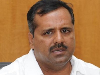 U T Khader bails out pregnant woman