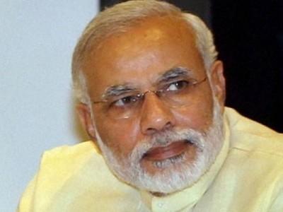 Modi claim on digicam, email use draws flak