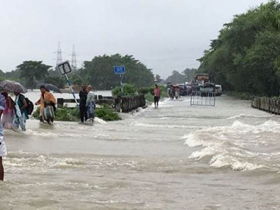 Jayant Patil talks to K''taka minister over ways to avoid flood