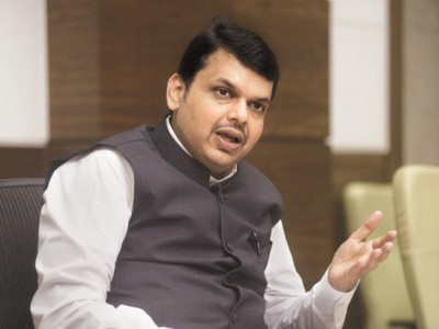 'She should not have made such statement': Fadnavis on Sadhvi Pragya's remarks on Karkare