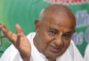 Flood relief: Deve Gowda, HDK attack Yediyurappa