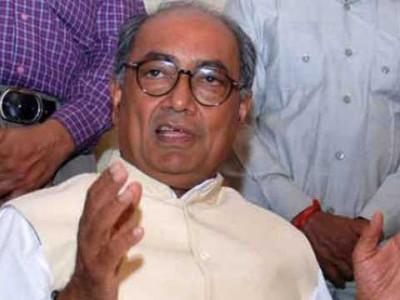 UP govt anti-poor, Dalit: Digvijaya Singh