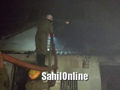 مینگلور کے قریب موڈبیدری  میں اگربتی سے لگی گھر میں آگ۔ 3لاکھ روپے کا نقصان