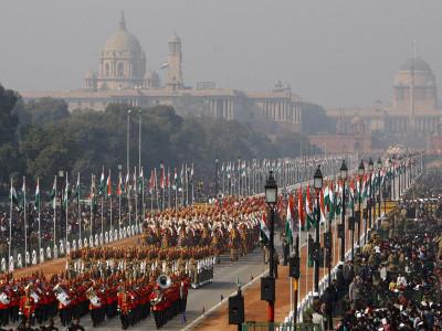 دہلی کے راج پتھ پر دھوم دھام سے71 واں جشن یوم جمہوریہ منایا گیا دنیانے فوج کی طاقت، ہندوستان کی شان و شوکت اور ثقافتی ورثے کا کیا مشاہدہ