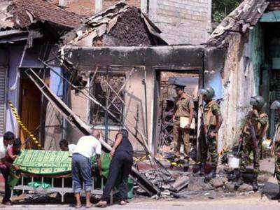 سری لنکا میں صدارتی انتخابات، مسلم ووٹرز کی بسوں پر فائرنگ