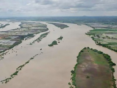 K'taka floods: Death toll reaches 82, state govt releases Rs 195 crore for relief measure