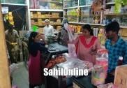 بھٹکل میونسپالٹی افسران نے مارا مختلف دکانوں پر چھاپہ : سوکلو سے زائد پلاسٹک تھیلے ضبط، ہزاروں روپئے جرمانہ