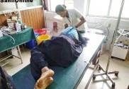 بھٹکل : کالج سے گھر لوٹ رہی طالبہ بس سے اترنےکے دوران بس پر سے گرگئی؛ شدید زخمی