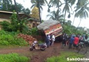 Speeding lorry falls into ditch in Bhatkal; no casualties