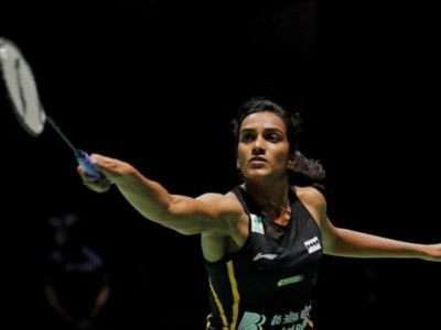 PV Sindhu storms into third successive final