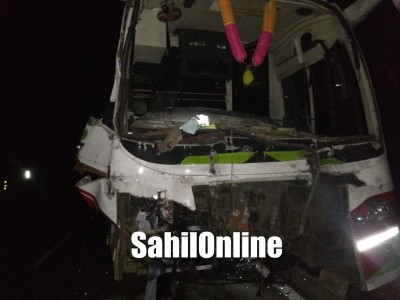 25 injured after a speeding bus rams into a parked lorry at Venktapur NH 66 in Bhatkal