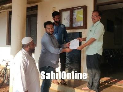 بھٹکل: ایس ڈی پی آئی نے دیا میمورنڈم۔ بابری مسجد ڈھانے والوں کو سزا کا مطالبہ