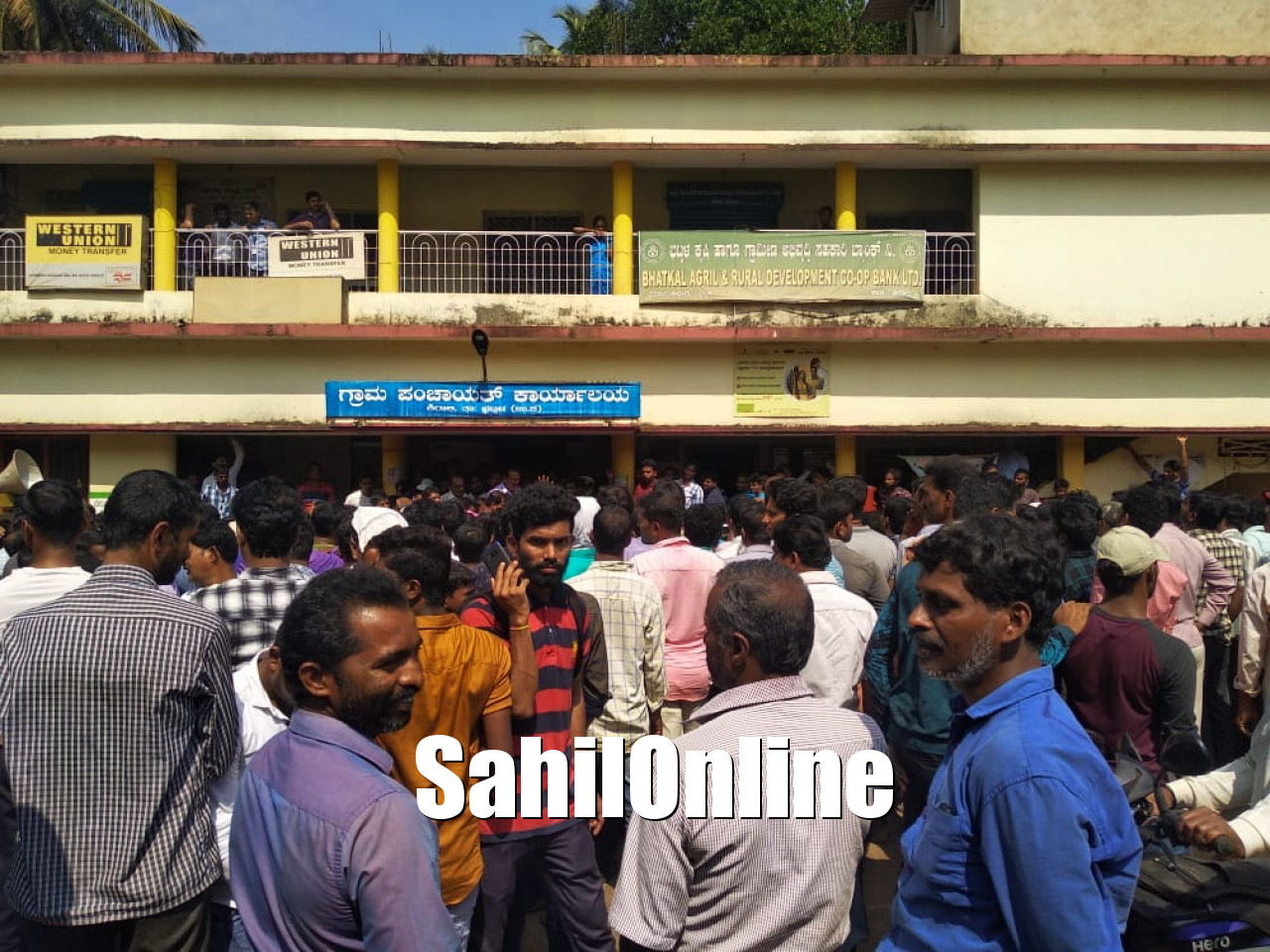 Bhatkal: Shirali residents demand widening of NH 66 road | SahilOnline