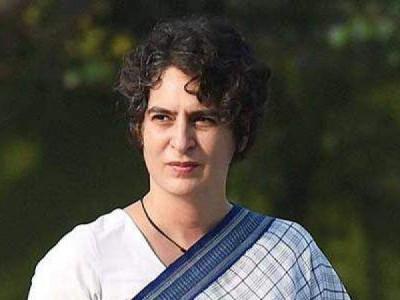 UP govt should answer people's questions: Priyanka Gandhi