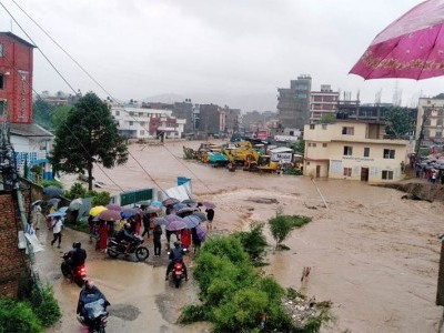 Death toll in Nepal floods rises to 32