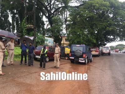 بھٹکل سے گزرنے والی قومی شاہراہ پر حادثات کو روکنے کے لئے افسران کا معائنہ : ضروری جگہوں پر اسپیڈ بریکر
