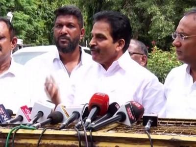 K'taka crisis: Venugopal says SC order raises apprehensions