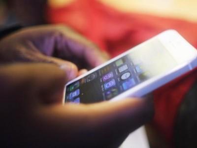 کاروار کے پی یو کالجوں میں ڈی ڈی پی یو کا چھاپہ۔ طلبہ کے پاس موجود 60موبائل فون کیے گئے ضبط