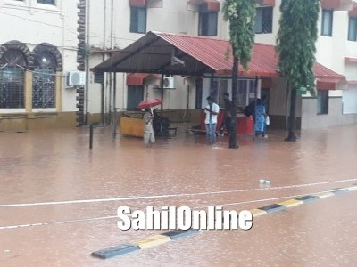 منگلورو میں موسلادھار بارش آج اسکولوں اور کالجوں کو تعطیل