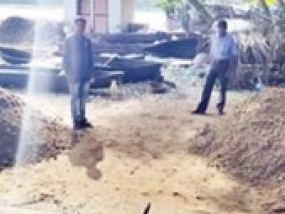 کاروار تحصیل افسران کی جانب سے کالی ندی کنارے پر ریت  ضبط