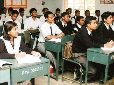 دہلی حکومت کے اسکولوں میں اردواساتذہ کے631 اور پنجابی کے 716 عہدے خالی