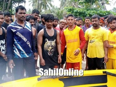 Lifeguards saved tourist in Murdeshwar