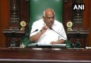 Karnataka: Speaker holds meeting with BJP, Cong-JDS leaders