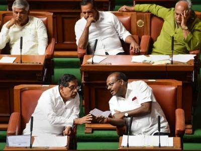 کرناٹک سیاسی بحران : کمار سوامی حکومت کو آج چھ بجے تک دینا ہوگا فلور ٹیسٹ