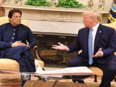 Would love to be a mediator to help with Kashmir issue: Trump in meeting with Imran Khan