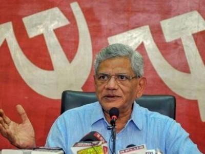 حکومت کی غلط پالیسیوں کی وجہ سے ملک میں کساد بازاری: سیتا رام یچوری