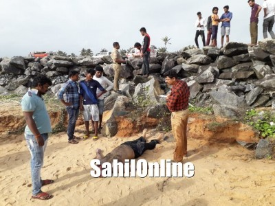 Man from Kundapur drown at Marvanthe beach; Police and other rescue teams recover body