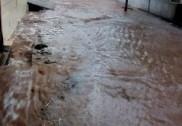 کمٹہ میں زبردست بارش؛ تنڈراکولی میں کئی مکانوں کے اندر پانی گھس گیا؛ مادن گیری میں نیشنل ہائی وے بلاک