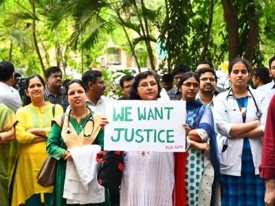 بنگال کے ڈاکٹروں کی حمایت میں انڈین میڈیکل اسوسی ایشن نے کیا ملک گیرہڑتال کا اعلان