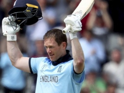 Eoin Morgan smashes 17 sixes, breaks ODI record