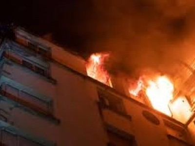 Fire at 10-storeyed residential building in Delhi, 100 rescued