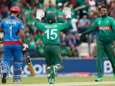 Sensational Shakib keeps Bangladesh in semifinal contention