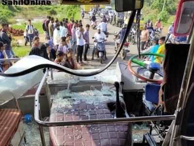 کاسرگوڈ میں جانور لے جانے کے الزام میں دو لوگوں پر حملہ؛ بجرنگ دل کارکنوں کے خلاف معاملات درج کرنے پر مینگلور کے قریب وٹلا اور بنٹوال میں بسوں پر پتھراو
