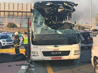 دوبئی میں بھیانک سڑک حادثہ 12 ہندوستانی شہری سمیت17افراد ہلاک