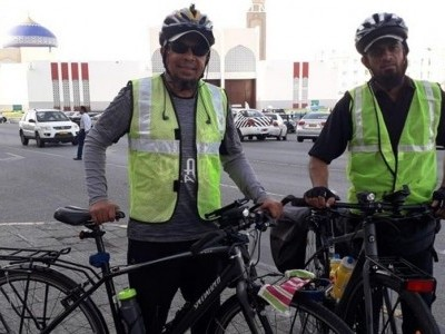 En route to Makkah, two Indian men complete 3,800 km journey to UAE on cycles