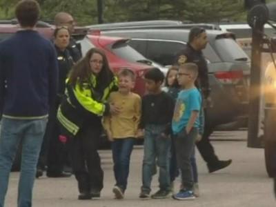 امریکی اسکول میں فائرنگ سے طالبِ علم ہلاک، آٹھ زخمی