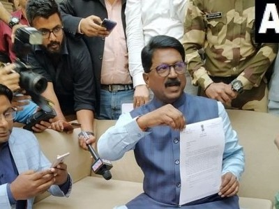 President accepts Sena MP Arvind Sawant's resignation