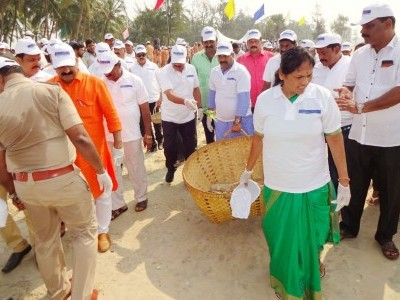 Cleaning drive held at Malpe beach under the aegis of Udupi district administration