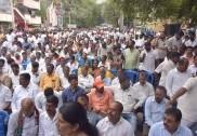 بنگلورو میں نااہل قراردئیے ارکان اسمبلی بی جےپی میں شامل : ضمنی انتخابات میں روشن بیگ کو چھوڑ کر دیگر تما 13ارکان کو بی جے پی نےدیا ٹکٹ