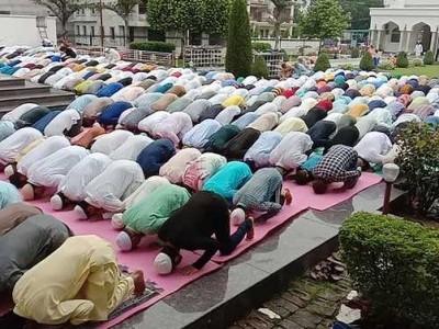 کشمیر: تاریخی جامع مسجد 15 ویں جمعے کو بھی مقفل، نماز پر پھر قدغن