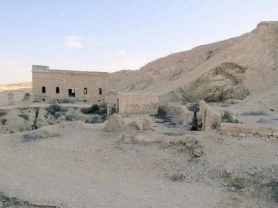 سعودی عرب کے وسط میں میٹھے پانی کا قدیم تریم چشمہ