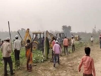 اناؤ: کسانوں کا اشتعال جاری، 400 کے خلاف ایف آئی آر