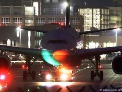 فرینکفرٹ کے ہوائی اڈے پر دو جہاز ٹکرا گئے