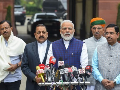 Government ready to discuss all issues in Winter Session of Parliament: PM Modi