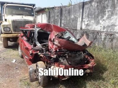 یلاپور میں کار اور ٹینکر کی بھیانک ٹکر؛ دلہا ہلاک چار دیگر شدید زخمی