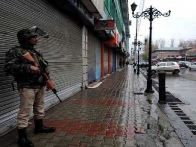 کشمیر: غیر یقینی صورتحال کے 110 دن، سری نگر کی جامع مسجد 16 ویں جمعے کو بھی مقفل